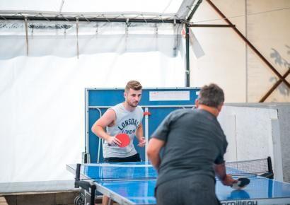 A ping-pong asztal idén sem maradt a sarokban