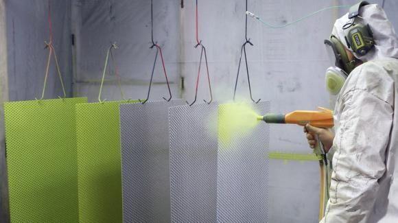 Festő üzemi betanított munkás